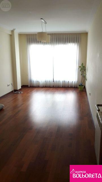 Piso-centrico-de-3-habitaciones-Curtidoira-223252416_2